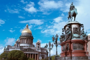 SAINT-PETERSBURG - city that will give you the brightest impressions